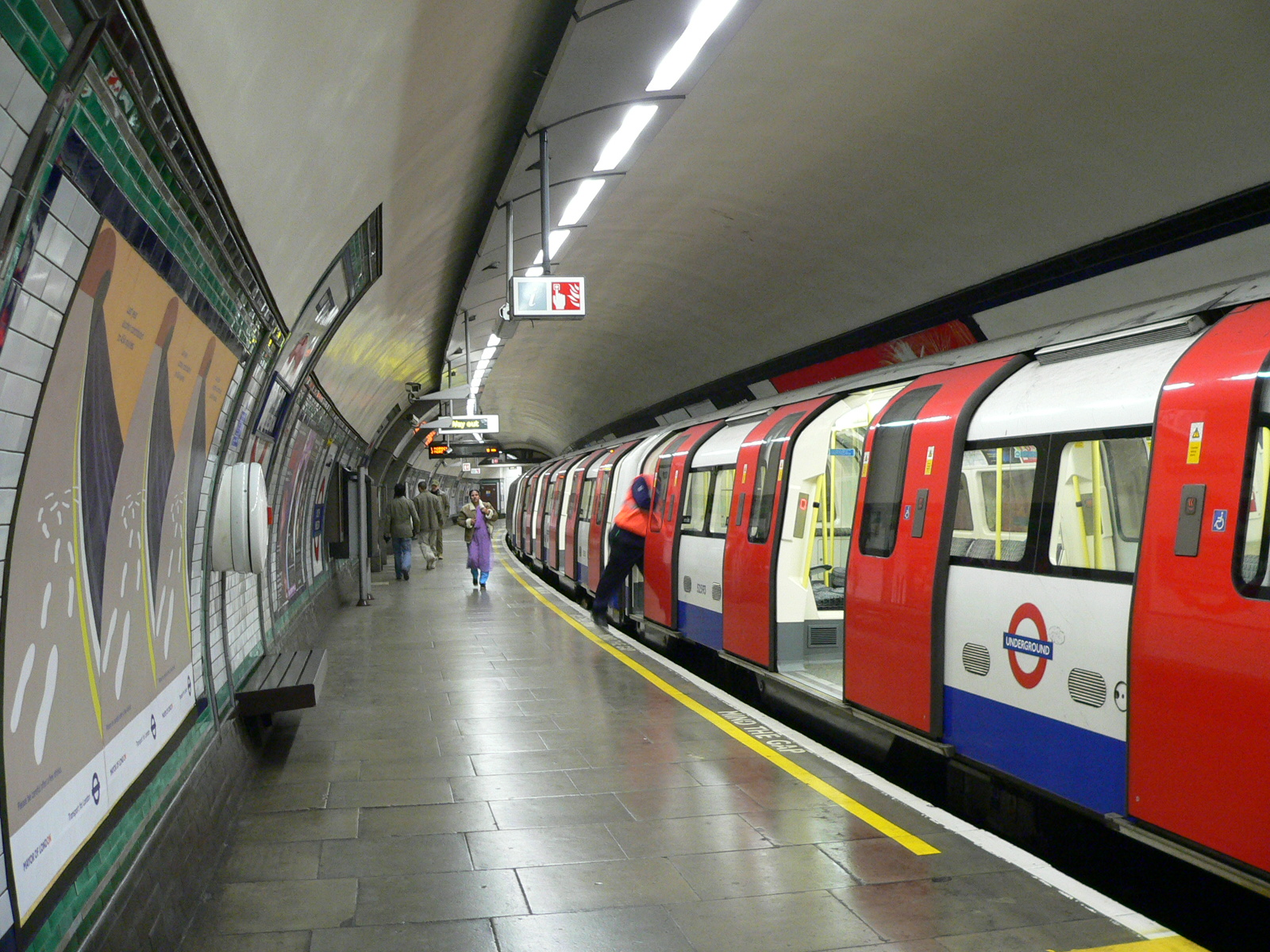 The london underground nick riley my perspective my life of riley - Afbeelding in ...